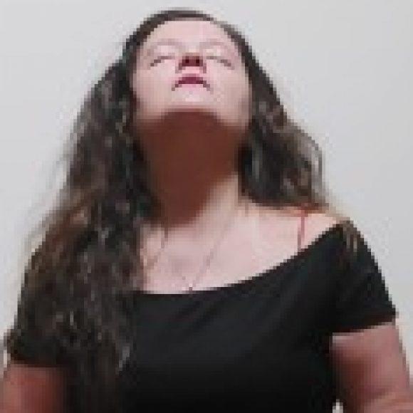 Profile picture of Laura Devi